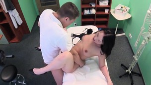 amateur babe big boobs